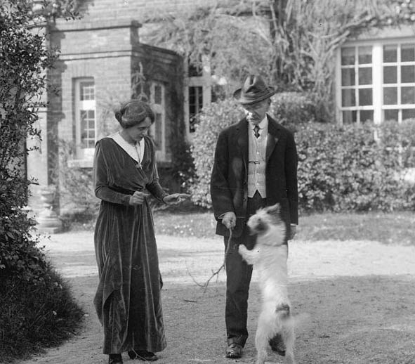 Hardy's wife 2_with dog