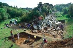 Excavations Craig Rhos-y-felin quarry Wales