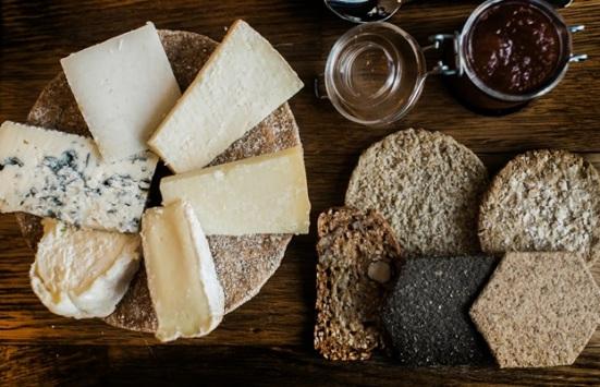 Scottish cheeseboard without a good selection of oatcakes