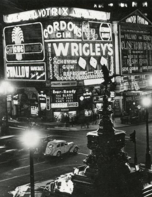 A 1951 shot of Piccadilly Circus at night