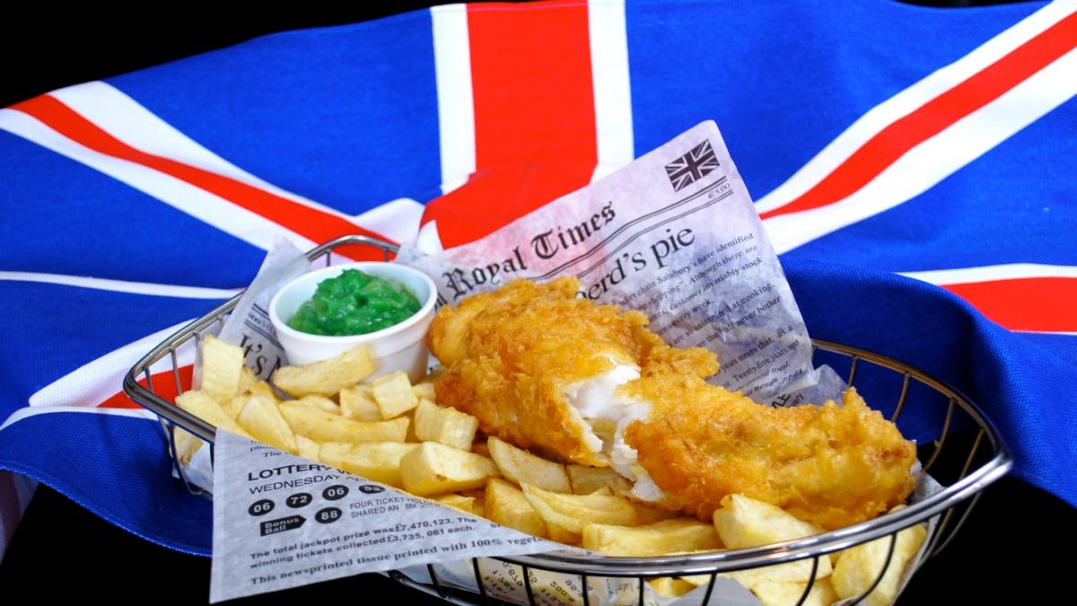 ♔Fish & Chips- A Great British Tradition